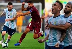 """Messi bị """"chăm sóc"""", người hùng Martinez và những điểm nhấn từ trận Argentina vs Venezuela"""