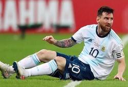 Messi một lần nữa bị đặt cạnh Ronaldo với những thống kê đáng quên