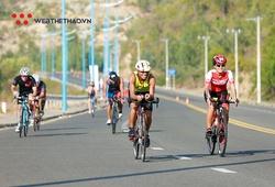 Kỹ thuật núp gió khi đạp xe đường trường giúp tiết kiệm năng lượng hiệu quả