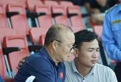 Khán giả sung sướng khi được gặp HLV Park Hang Seo ở trận giao hữu của ĐT U22 Việt Nam