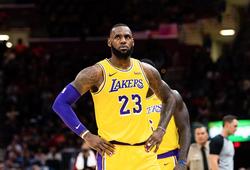 Magic Johnson đã định đoạt số phận của Lakers trong 'cuộc đua Kawhi Leonard' ra sao?