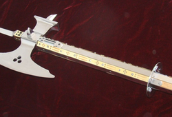 Pollaxe - Vũ khí nguy hiểm bậc nhất thời Trung cổ