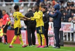 Arsenal xếp đội hình trị giá 245 triệu bảng lỡ đá chính thế nào?