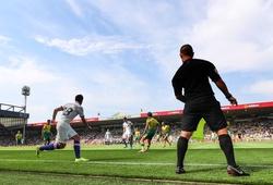Trưởng bộ phận VAR của FIFA đề xuất thay thế trọng tài biên bằng robot