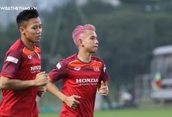 Hồng Duy gây sốt với kiểu tóc độc đáo trong buổi tập của ĐT Việt Nam