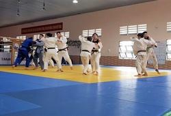 Judo: Nghệ thuật của các tư thế ném ngã