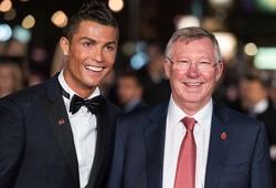 Ronaldo nhận tin nhắn từ Sir Alex Ferguson sau khi giành giải thưởng