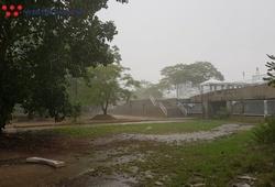 Mưa to gió lớn trước trận Thái Lan vs Việt Nam