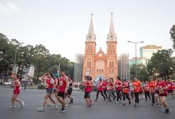 Chạy bộ mỗi ngày: Techcombank HCMC International Marathon quy đổi km ra tiền từ thiện