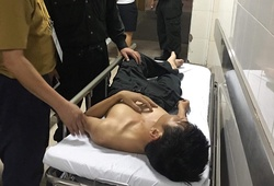 Cảnh sát cơ động nhập viện sau khi xô xát với CĐV Nam Định