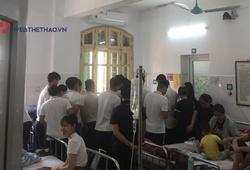 Quang Hải, Văn Quyết thăm nạn nhân trúng pháo sáng của CĐV Nam Định