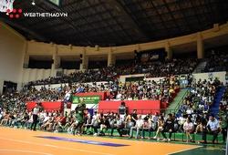 Dù mở thêm khán đài, sân Cần Thơ vẫn chật kín khán giả tại VBA Finals Game 5