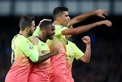 Sterling tăng tốc ngoạn mục cùng Man City để cán mốc 100 bàn