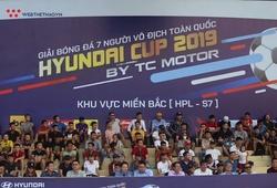 CĐV phủ kín sân tại giải bóng đá phong trào bậc nhất Hà Nội