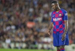 Messi đã cố gắng cứu Dembele khỏi nhận thẻ đỏ vì... kém ngoại ngữ