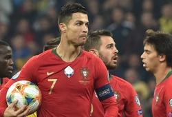 Bồ Đào Nha trắng tay trong ngày Ronaldo ghi bàn thứ 700