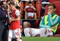 Mesut Ozil tố Arsenal coi anh là vật tế thần cho thất bại