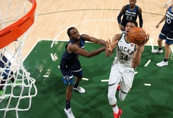 """Kết quả NBA Preseason ngày 18/10: Milwaukee Bucks bay cao trên đôi cánh """"Á thần"""""""