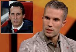 Cựu sao Arsenal không còn tin Emery sau trận thắng nhọc Vitoria