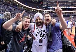 Câu chuyện NBA: Từ phân biệt chủng tộc trở thành bạn thân
