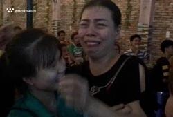 Mẹ Tiến Linh bật khóc khi con trai ghi bàn