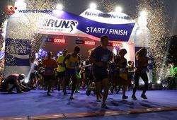 Hàng nghìn VĐV xuất phát trong đêm tại Pocari Sweat Run Việt Nam 2019