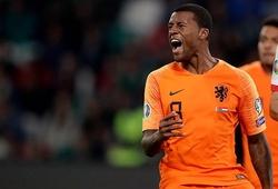 Wijnaldum thực hiện hành động kỳ lạ sau khi lập hat-trick cho Hà Lan