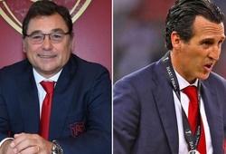 """CĐV Arsenal gọi giám đốc bóng đá là """"kẻ lừa đảo"""" khi sa thải Emery"""