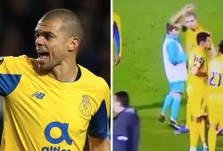 Cựu sao Real Madrid nổi cáu với cậu bé nhặt bóng