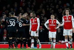 Arsenal bị chế nhạo sau 15 phút gây sốc trước Man City