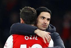 """Mesut Ozil """"tái sinh"""" bằng những chỉ số tuyệt vời với Arsenal của Arteta"""