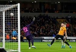 Công nghệ VAR cứu thua cho MU ở cuối trận hòa Wolves tại FA Cup
