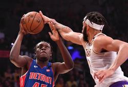 LA Lakers làm điều chưa từng có trong 18 năm, Derrick Rose gật đầu thán phục