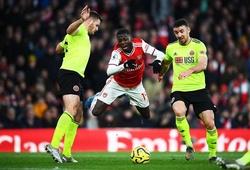 Arsenal mất oan phạt đền ở trận hòa Sheffield khi VAR từ chối