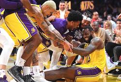 """LeBron James bỗng hoá thành Stephen Curry, Lakers """"sweep"""" Spurs tại Regular Season"""