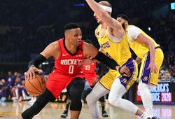 Chấp trung phong, Houston Rockets dội mưa 3 điểm nhấn chìm Los Angeles Lakers