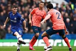 CĐV Chelsea phấn khích so sánh sao trẻ 18 tuổi với Initesta