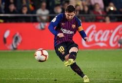 """Messi đá phạt khiến Sociedad phải lập hàng thủ """"thiên tài"""" chống đỡ"""