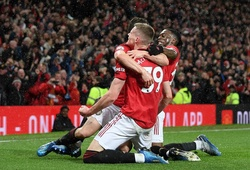 6 cầu thủ MU được khen ngợi sau chiến thắng trước Man City