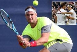 Tay vợt thắng Federer 7 game ở Wimbledon 2016 nay vui vẻ kiếm bạc lẻ!