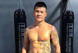 Trương Đình Hoàng chúc mừng Nguyễn Văn Đương sau tấm vé Olympic lịch sử cho Boxing Việt Nam