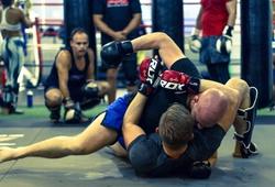 """Tập luyện chuyên sâu: Làm ơn đừng """"tập MMA""""!"""