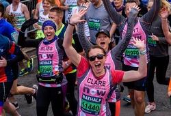 Giải chạy bằng tuổi London Marathon vẫn dũng cảm tổ chức giữa tâm bão COVID-19