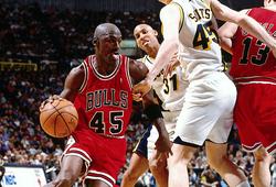 """25 năm nhìn lại nước đi lịch sử của huyền thoại Michael Jordan: """"Tôi đã trở lại!"""""""