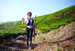 Nữ MC giải chạy phong trào tung bí quyết luyện tập chạy bộ mùa COVID-19