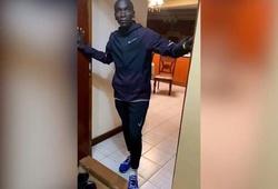 """""""Vua marathon"""" Eliud Kipchoge tự cách ly mùa dịch COVID-19, cuồng chân vì sự cô đơn"""