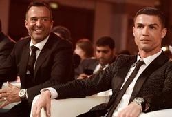 """Thương vụ Ronaldo đến MU được """"siêu cò"""" tiết lộ chi tiết đặc biệt"""