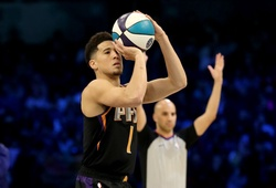 "Kết quả Vòng 1 NBA 2K Players Tournament: Devin Booker ""hack"" 3 điểm"
