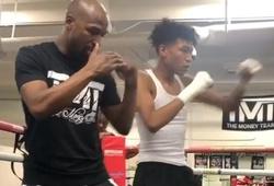 Tập luyện chuyên sâu: Floyd Mayweather dạy sai kỹ thuật Boxing cho con trai và những điều cần lưu ý