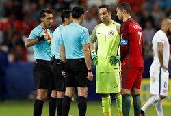 Cựu sao Barca chia sẻ kỷ niệm khiến Ronaldo ôm hận trên chấm phạt đền